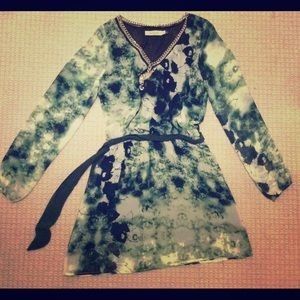Silky & flowy watercolor print dress